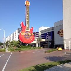 Photo taken at Hard Rock Hotel & Casino Biloxi by Vishal P. on 5/30/2012