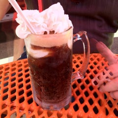 Photo taken at XXX Rootbeer Drive-In by Greg Fellin on 8/5/2012