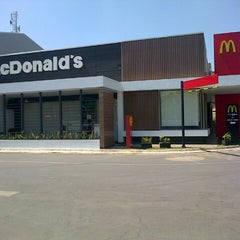 Photo taken at McDonald's by Tonny M. on 7/28/2012