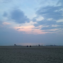 Photo taken at 22nd Street Beach by Mabel M. on 7/20/2012