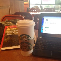 Photo taken at Starbucks by Andrew H. on 8/14/2012