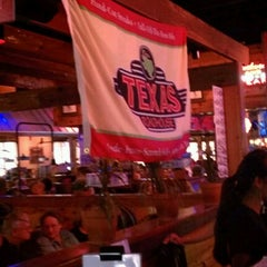Photo taken at Texas Roadhouse by Macho C. on 8/25/2012