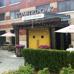 Photo taken at Toasted Oak Grill & Market by Steve R. on 8/10/2012