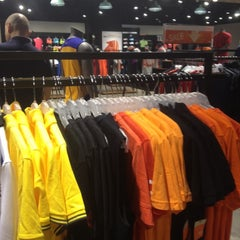 Photo taken at Nike Crescent Mall by Minh Vân Lư on 7/15/2012