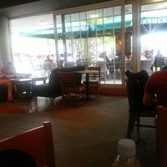 Photo taken at Starbucks by Razafimahefa A. on 6/30/2012