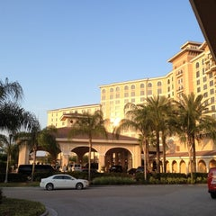 Photo taken at Rosen Shingle Creek Hotel by E B. on 4/10/2012