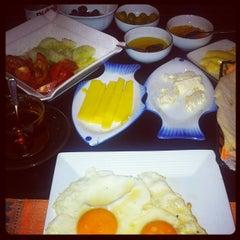 Photo taken at Istanbul Restaurant by Kemal K. on 3/17/2012