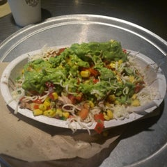 Photo taken at Chipotle Mexican Grill by David W. on 9/4/2012