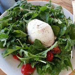 Photo taken at Tutta Bella Neapolitan Pizzeria by Derrick L. on 7/26/2012