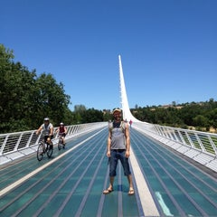 Photo taken at Sundial Bridge at Turtle Bay Exploration Park by 👣Jared Norman👣 on 6/6/2012