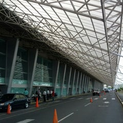 Photo taken at Aeropuerto Internacional Augusto C. Sandino by Sara R. on 2/24/2012