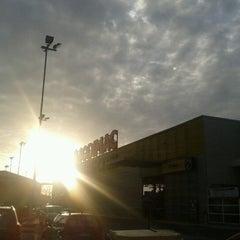 Photo taken at Homecenter Sodimac by Gabriel F. on 8/13/2012