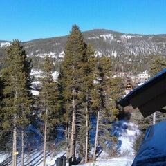 Photo taken at Mountain Thunder Lodge by Diane F. on 3/5/2012