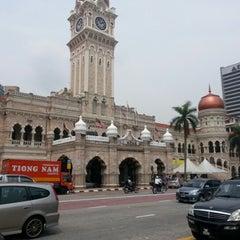 Photo taken at Bangunan Sultan Abdul Samad by Jenol I. on 6/21/2012