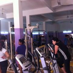 Photo taken at Gimnasio Del Beto by Walter G. on 5/30/2012