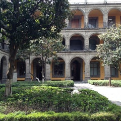 Photo taken at Antiguo Colegio de San Ildefonso by Isaac V. on 4/1/2012