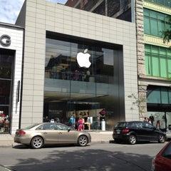 Photo taken at Apple Store, Sainte-Catherine by Edmund M. on 6/16/2012
