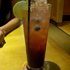Photo taken at Olive Garden by Leah L. on 7/26/2012