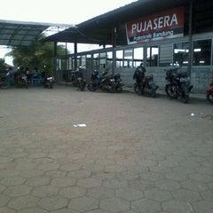 Photo taken at Pujasera Politeknik Negeri Bandung (Polban) by Ipenk A. on 7/7/2012