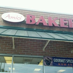 Photo taken at Amici's Bakery & Pastry Shoppe by Peggy B. on 8/14/2012