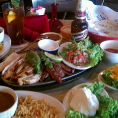 Photo taken at Pappasito's Cantina by Danny Q. on 4/4/2012
