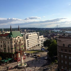 Photo taken at Caruso by MARIA Z. on 7/16/2012