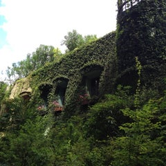 Photo taken at 三鷹の森 ジブリ美術館 (Ghibli Museum) by 雨含 on 8/1/2012