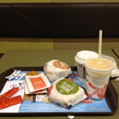Photo taken at McDonald's by Queenie C. on 7/19/2012