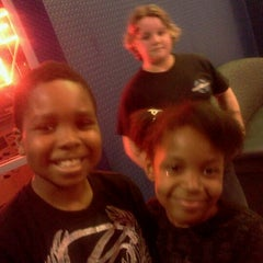 Photo taken at Brunswick Zone XL - Brooklyn Park by Richelle R. on 3/2/2012