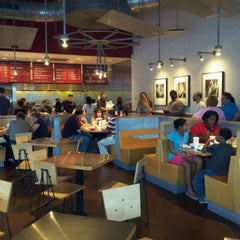 Photo taken at Chipotle Mexican Grill by Alex O. on 8/1/2012