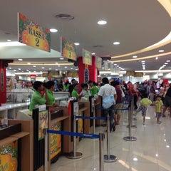 Photo taken at Matahari Department Store by Henry Setiawan on 8/19/2012