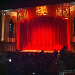 Photo taken at Coolidge Corner Theatre by Sarah R. on 4/21/2012