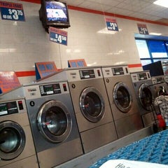 Photo taken at Laundry Queen Superstore by Joshua N. on 3/25/2012
