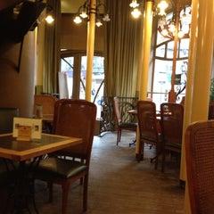 Photo taken at La Porteuse d'Eau by Jérôme C. on 2/21/2012