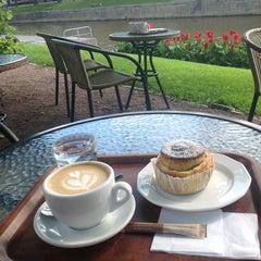Photo taken at CaféArt by Anu O. on 7/14/2012