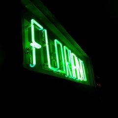 Photo taken at Floriano | Livraria & Café by Rodolfo P. on 8/23/2012
