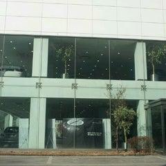 Photo taken at BMW 코오롱모터스 삼성전시장 by 성장용(Jacky Seong) on 2/9/2012