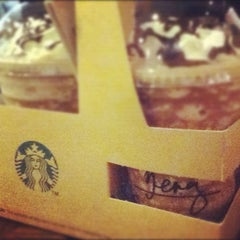 Photo taken at Starbucks Coffee by Bienny S. on 8/28/2012