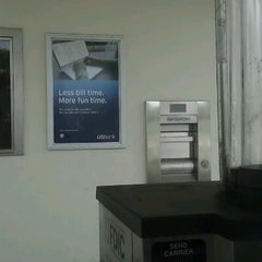 Photo taken at Citibank by Edixon R. on 8/6/2012
