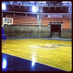 Photo taken at Polideportivo Ignacio Manuel Altamirano by Hugo R. on 7/19/2012