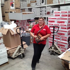 Photo taken at Office Depot by enrique f. on 7/9/2012