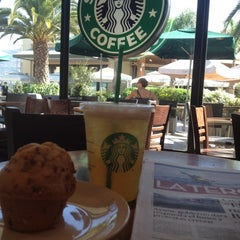 Photo taken at Starbucks by Ignacio R. on 2/18/2012
