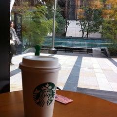 Photo taken at Starbucks Coffee 東京ミッドタウン コンプレックス スタジオ店 by Masayoshi S. on 2/2/2012