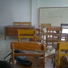 Photo taken at Fakultas Ekonomi UNIMA by Yessy P. on 5/22/2012