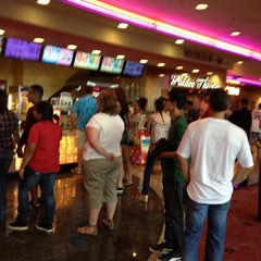 Photo taken at Edwards Fresno 22 & IMAX by MiCHAEL R. on 7/8/2012