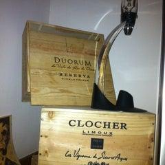 Photo taken at Bottega del Vino by Humberto C. on 5/25/2012