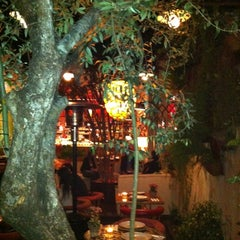 Photo taken at Olea Mozzarella Bar by Tadeu 🐧🐍🐾🌵 F. on 7/2/2012