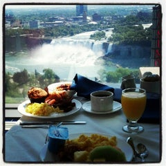Photo taken at Hilton Niagara Falls/Fallsview Hotel & Suites by Jess G. on 6/15/2012
