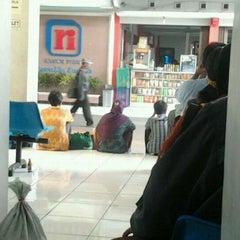 Photo taken at Pool Rosalia Indah by Taufan Yusuf N. on 2/22/2012