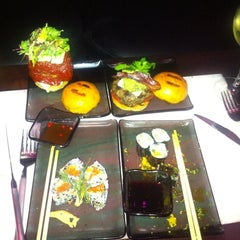 Photo taken at HaVen Gastro-Lounge by Maximiliano E. on 3/11/2012